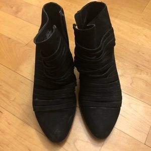 Black Lucky Brand booties